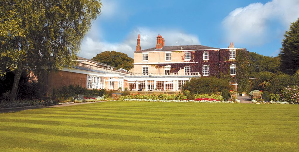 Classic UK countryside - Rowton Hall Hotel 4* Chester