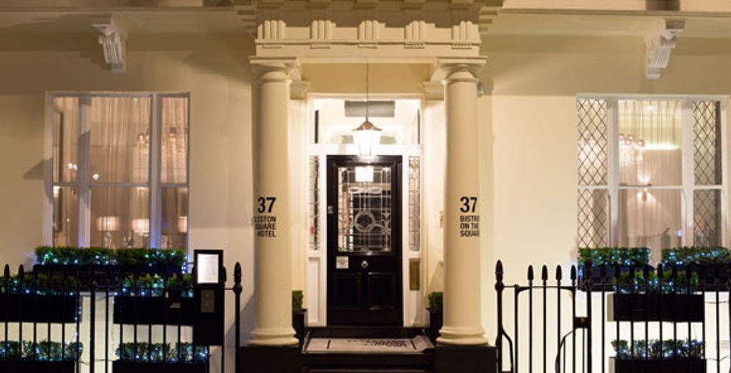 - Eccleston Square Hotel***** - London - England London