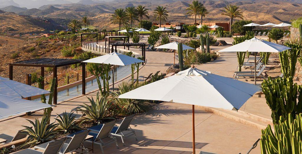 Enjoy the dramatic scenery of Gran Canaria