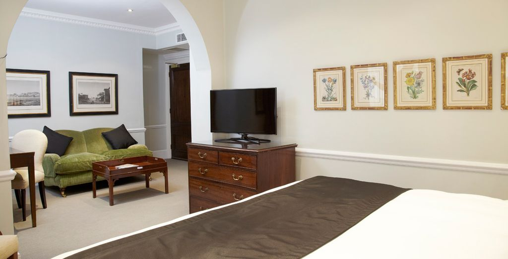 With superb style - Dukes Hotel 5* London