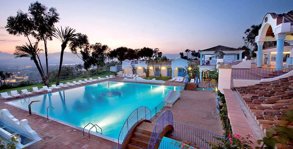Discover this magnificent pool