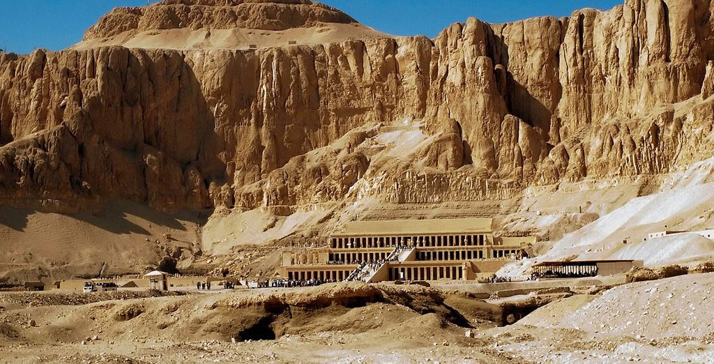 Start with a morning visit to the Valley of the Kings and Queens