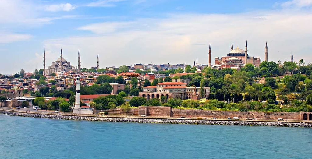 Just a short walk from the Blue Mosque and Hagia Sophia