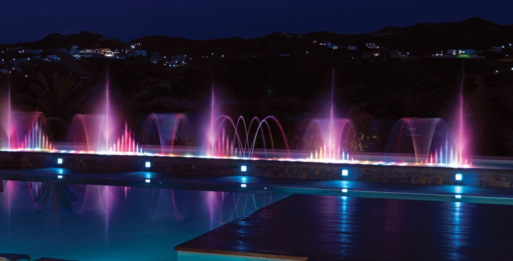 In the evening the fountains light up, creating a truly magical environment
