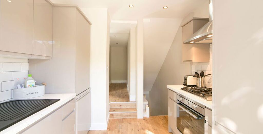 Apartment 2: Superbly equipped kitchen