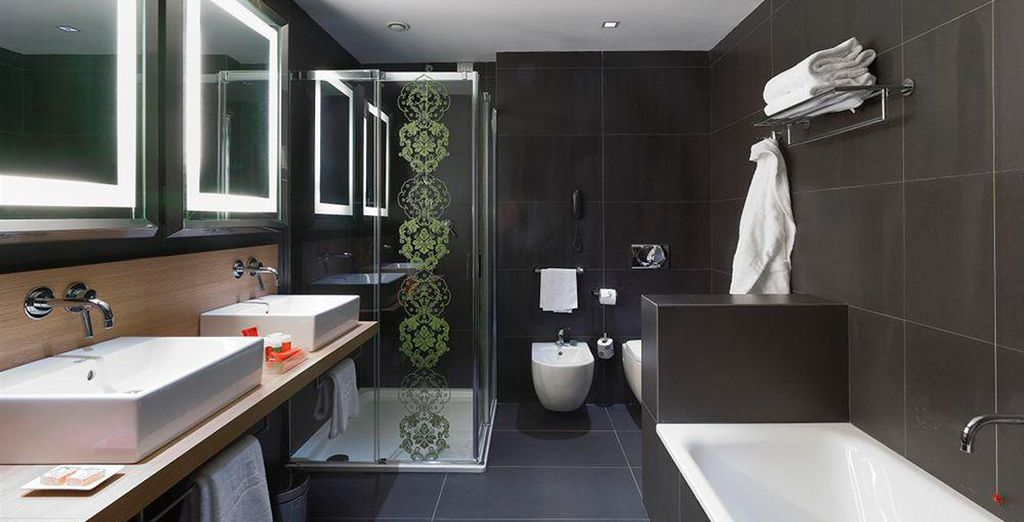 Complete with a chic and modern ensuite bathroom