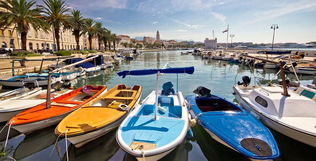 Sail to picturesque harbours such as Split...