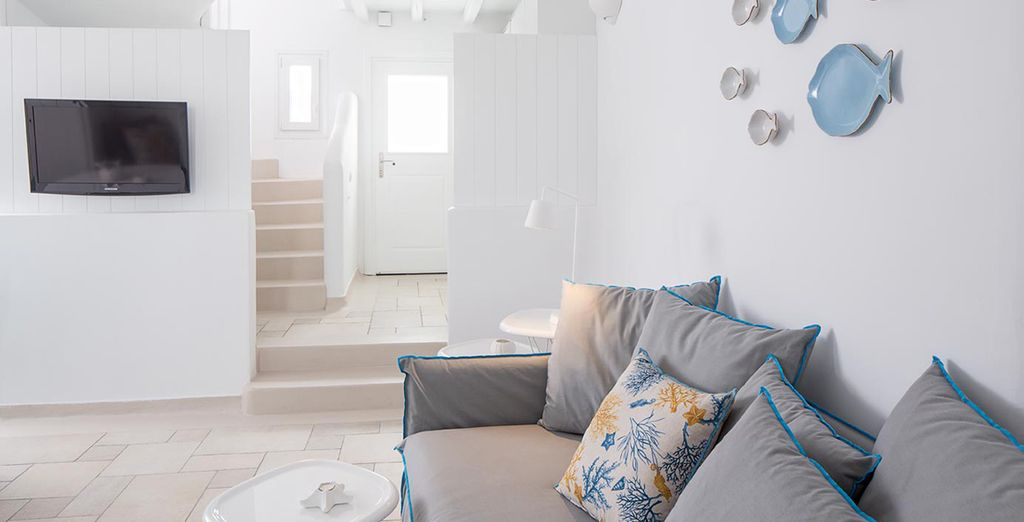 The villas are decorated in typical Cycladic style