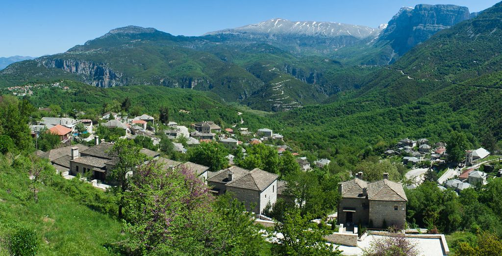 Welcome to the 4* Aristi Mountain Resort
