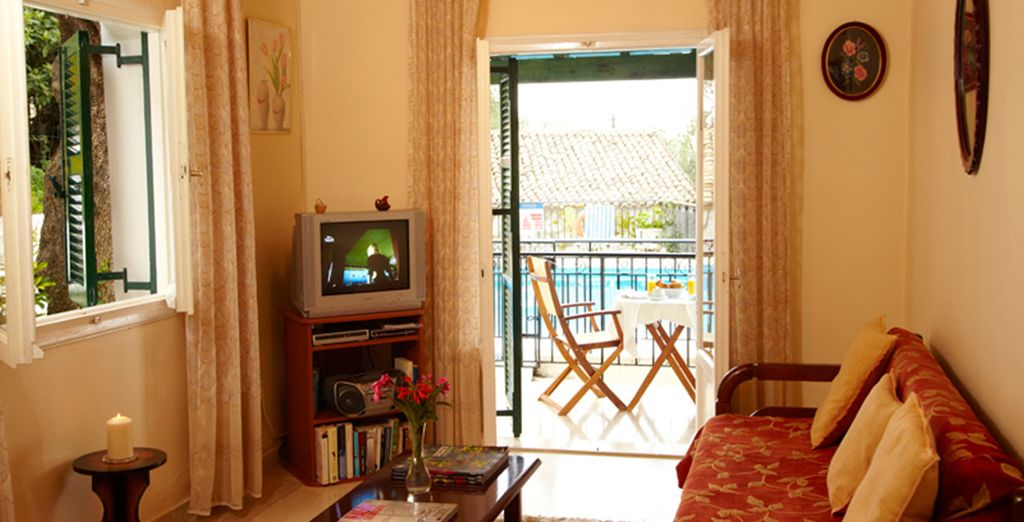 Equipped with everything you need for self catering (Villa Georgina)