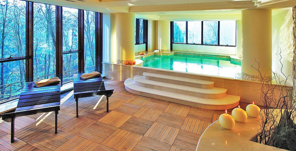 Pamper yourself in this beautifully situated spa