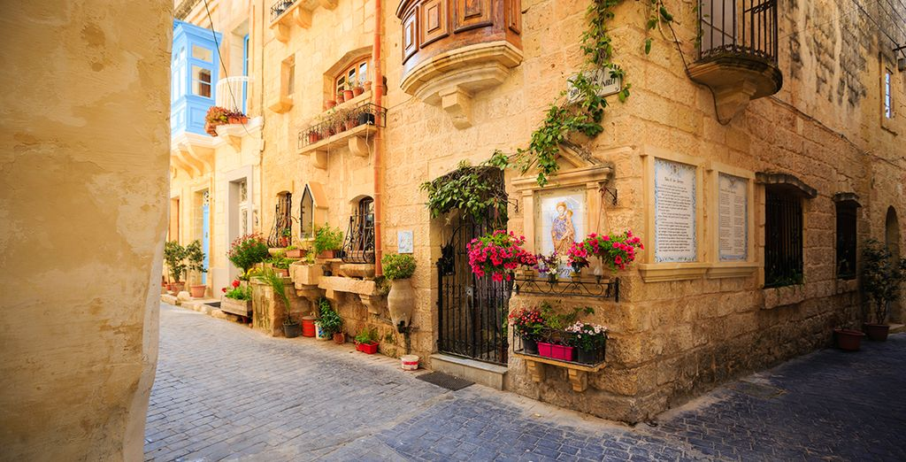 Then set out to explore your beautiful surroundings such as Medieval city of Mdina