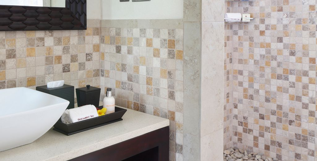 And the bathroom is modernly designed