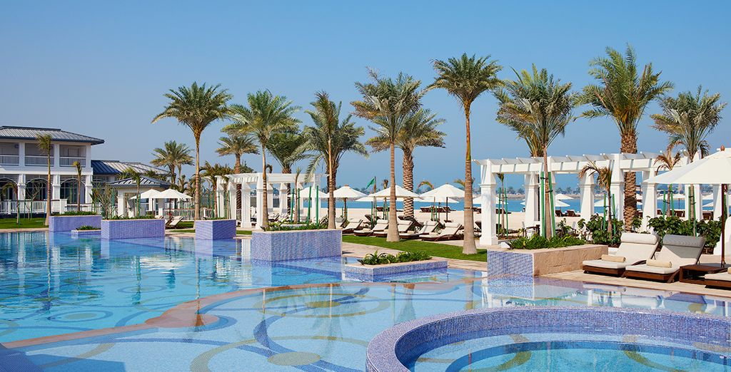 Relish the beauty of the Arabian sun