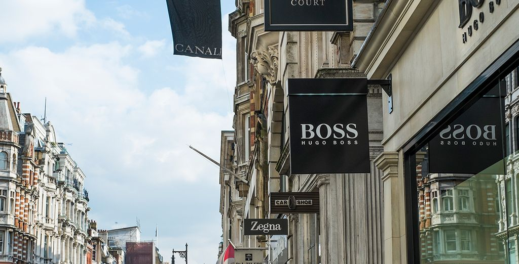 The high-end shops of Mayfair