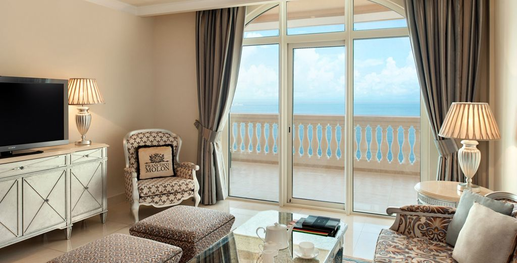 Complete with gorgeous sea views