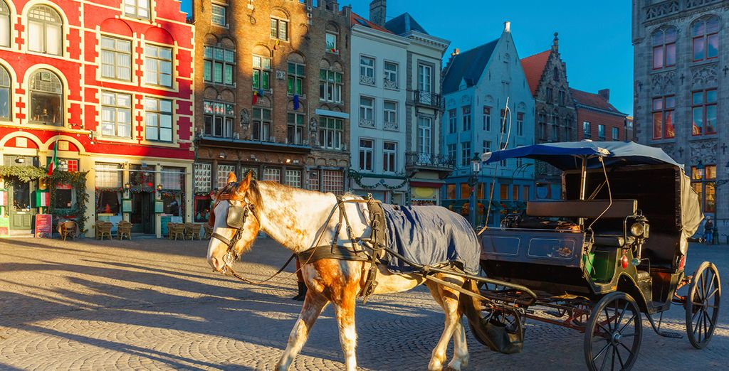 City Breaks in Bruges : horse carriage ride