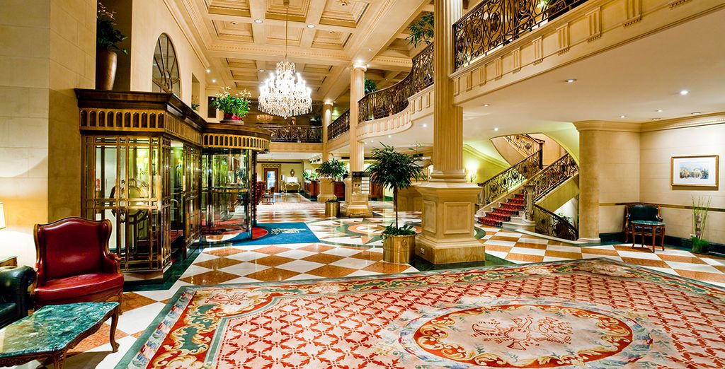Welcome to the 5* Grand Hotel Wien
