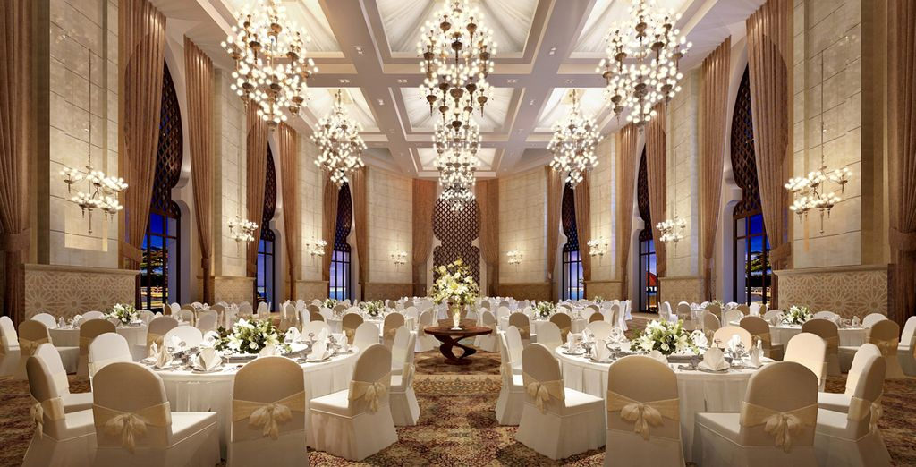 So you can enjoy all the opulence you'd expect from a luxury Emirates hotel