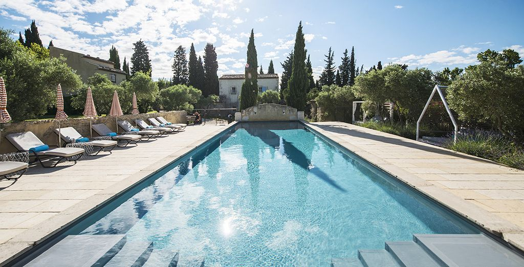 Spend a sweet vacation in Les Baux-de-Provence
