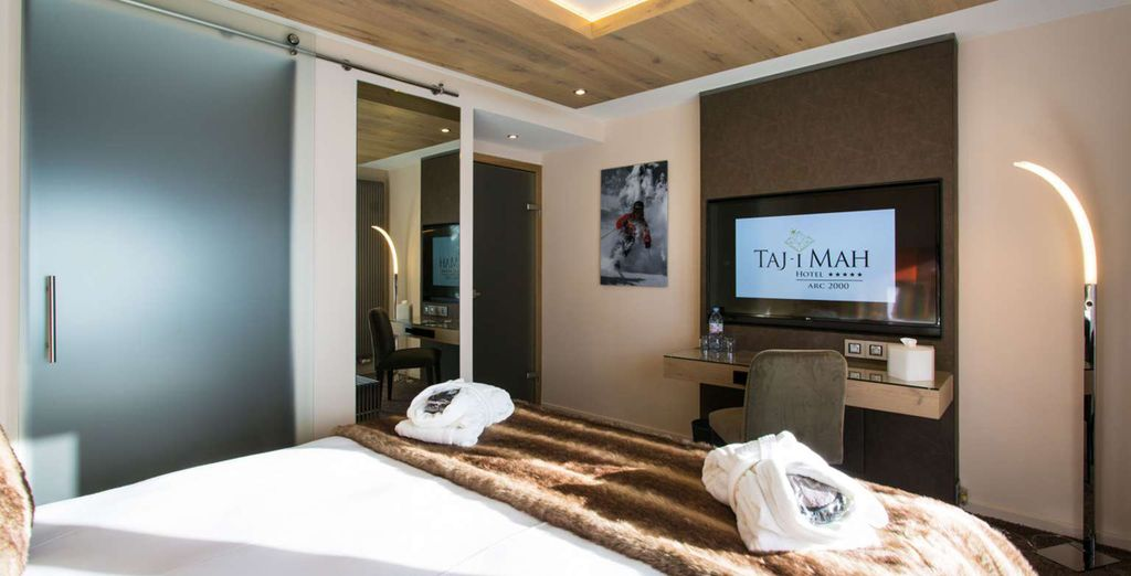 Each room on offer is sophisticated & modern (pictured: Classic Room)