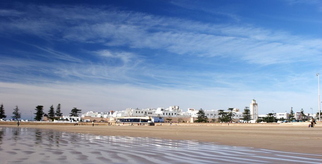 You may choose to add a daytrip to seaside Essaouira