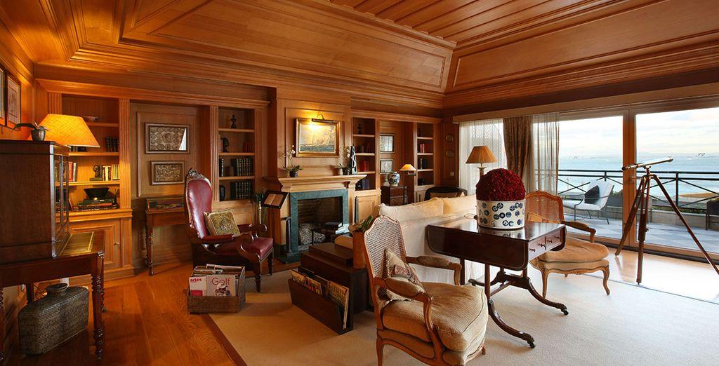 Book a break at this romantic boutique hotel - Heritage As Janelas Verdes 4* Lisbon