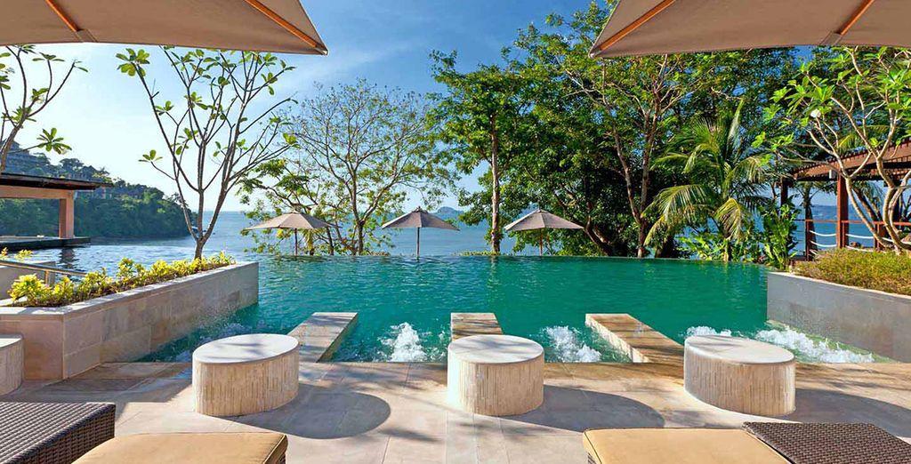 At the 5* Westin Siray Bay Resort