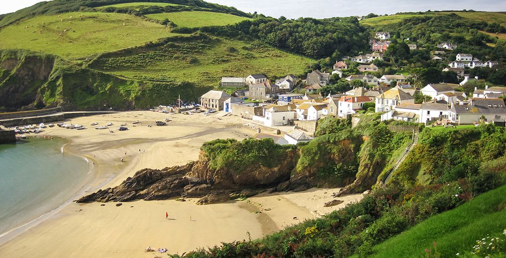Moments from the quaint fishing village of Mevagissey - Natural Retreats Trewhiddle Cornwall Cornwall