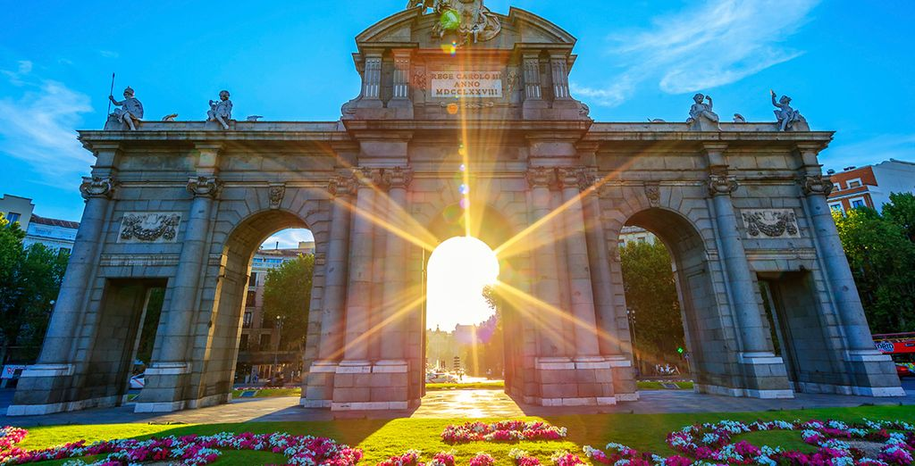 Including the neo-classical monument of Puerta de Alcalá - just 700m away!