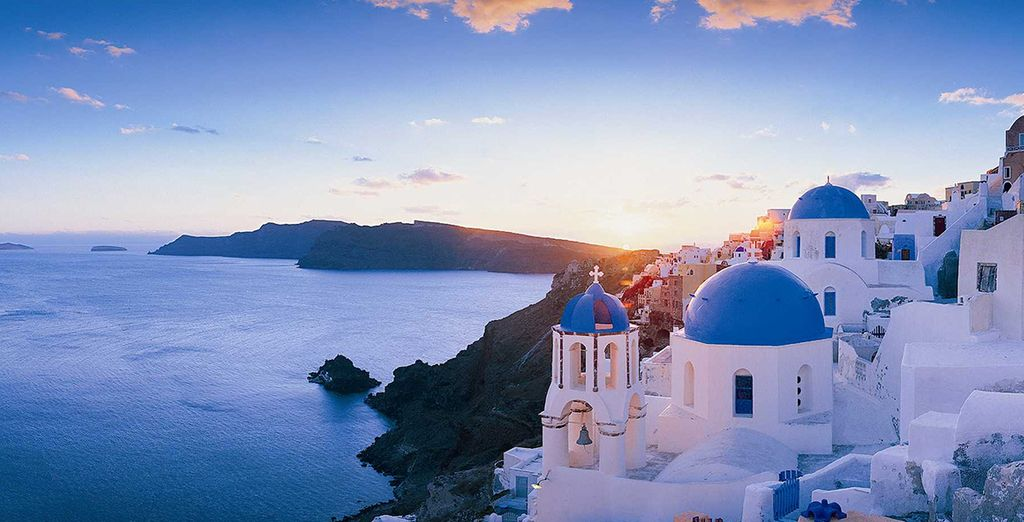 Head to famously picturesque Oia (25 mins drive).....