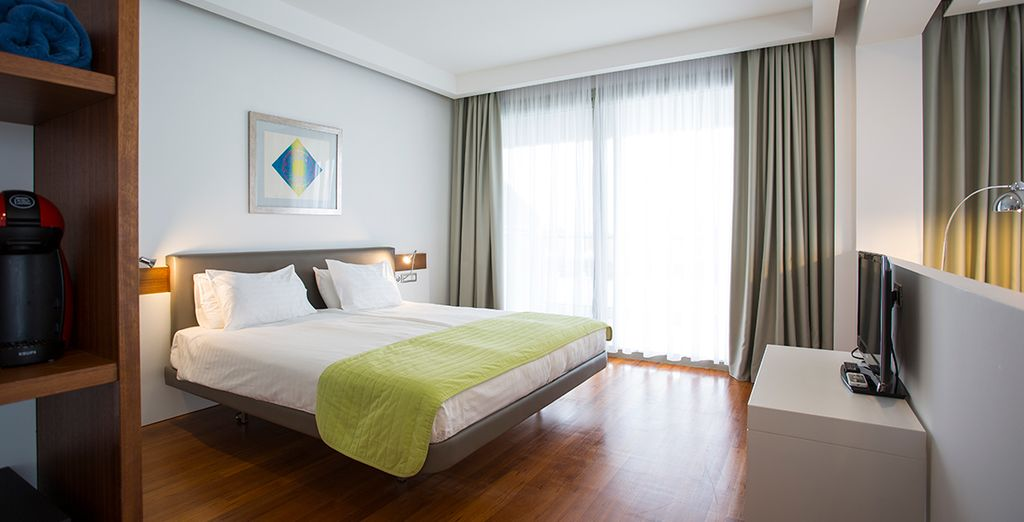 Our members can enjoy a Club Sea/Pool View Room