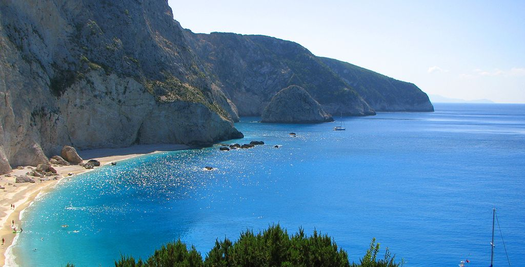 Discover the beautiful island of Lefkada