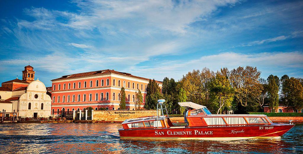 Exclusive trips across the lagoon - San Clemente Palace Kempinski 5* Venice