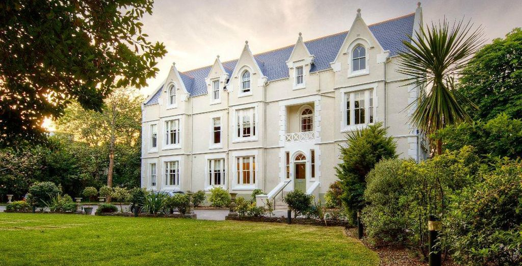 An English Coastal Delight with Ecofriendly refurbishments - The Green House Hotel 4* Bournemouth