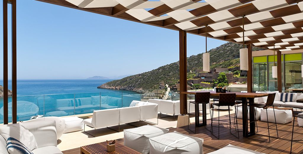 Or soak up the beach club atmosphere at the Crystal Box