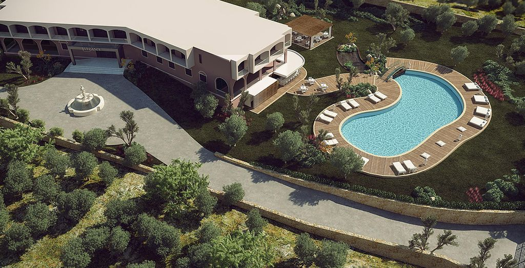 A luxury resort ... - Elegance Luxury Executive Suites Zakynthos 5* Zakynthos