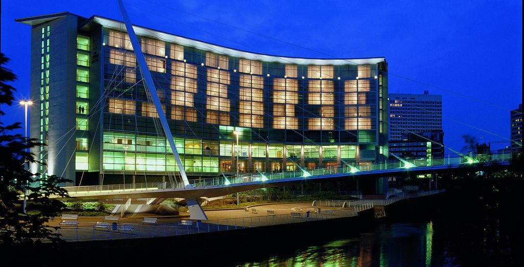 Visit the 5-star Lowry Hotel - The Lowry 5* Manchester