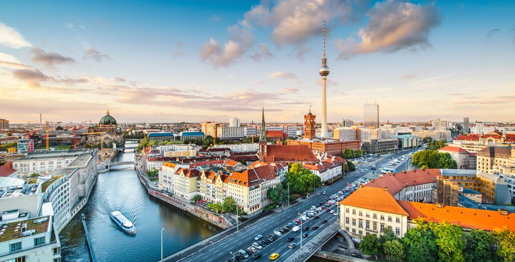 Located in Berlin, a buzzing modern metropolis - Almodovar Hotel Berlín Biohotel 4* Berlin