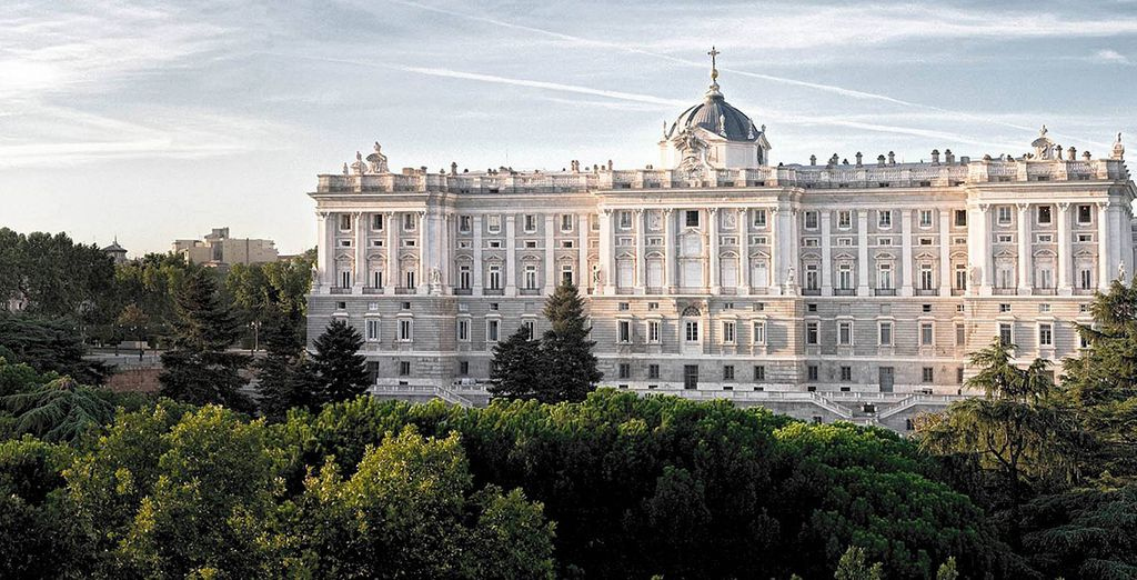 Stare out to the beauty of the Royal Palace