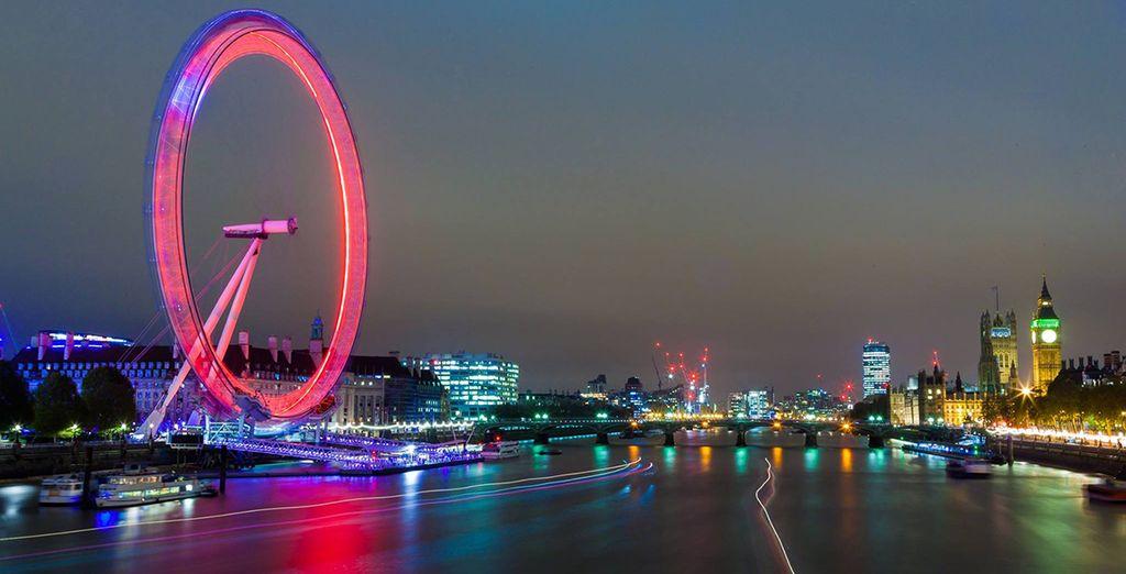 Soak up the beauty of the Thames at nightfall