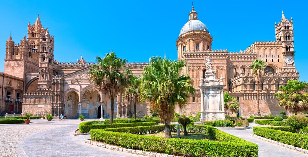Holidays in Sicily: visit the Palermo Cathedral
