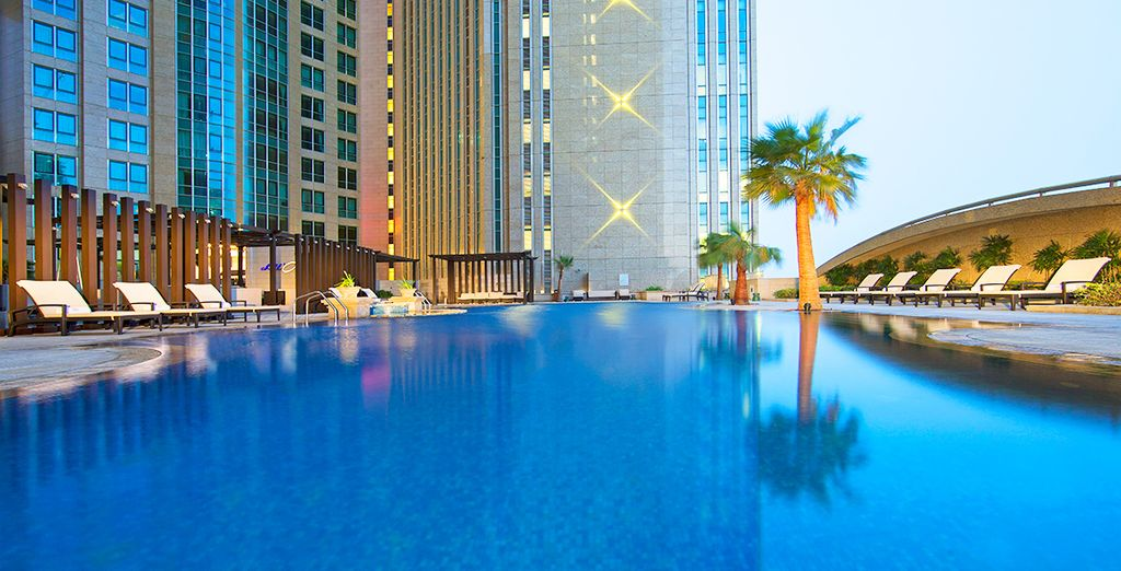 Are you dreaming of a glamorous Emirates escape..? - Sofitel Abu Dhabi Corniche 5* Abu Dhabi