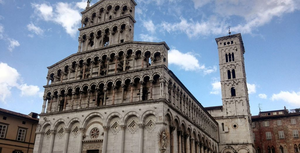 You will find yourself just 5 km from the centre of Lucca