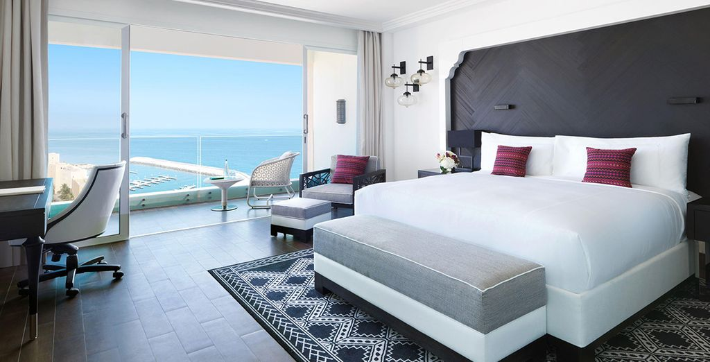 Our members will be staying in a Fairmont Panoramic Ocean View Room