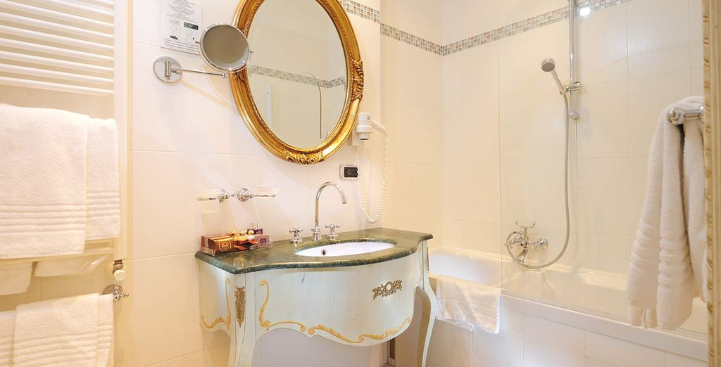 Complete with a modern and refined ensuite