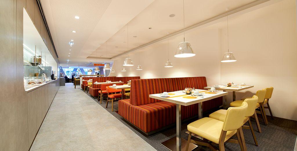 Enjoy your daily breakfast in a sleek restaurant