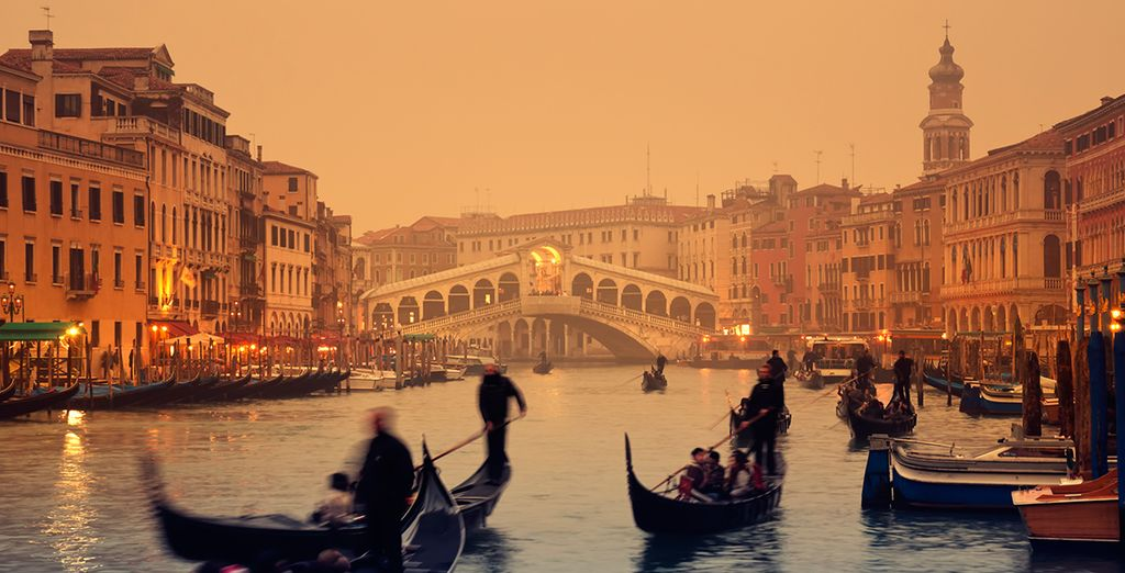 For romance on the Grand Canal...