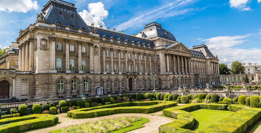 See the majestic neoclassical palace
