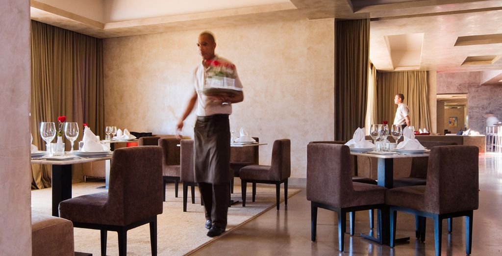 Enjoy daily breakfast and a plate of Moroccan pastries upon arrival